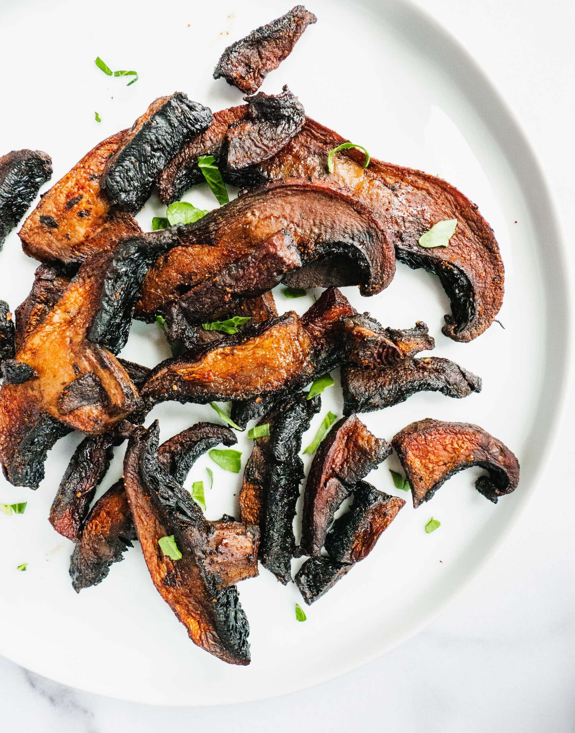 Best Vegan Mushroom Bacon | These Vegan bacon made with portobello mushrooms are sweet, salt and smoky. It is crispy on the outside, meaty on the inside. Just magical. Plant based vegan bacon can taste as good as the real bacon? Yes you better believe it. |#veganrecipe #veganbacon #veganbreakfast #mushroom #smokybacon