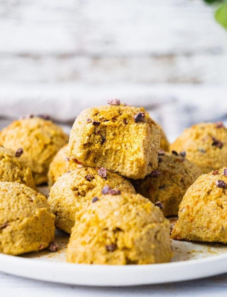 No Bake Pumpkin Spice Energy Balls (Vegan, Keto, Paleo)