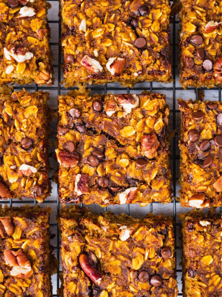 Healthy Pumpkin Oatmeal Bars (Gluten Free, Vegan)