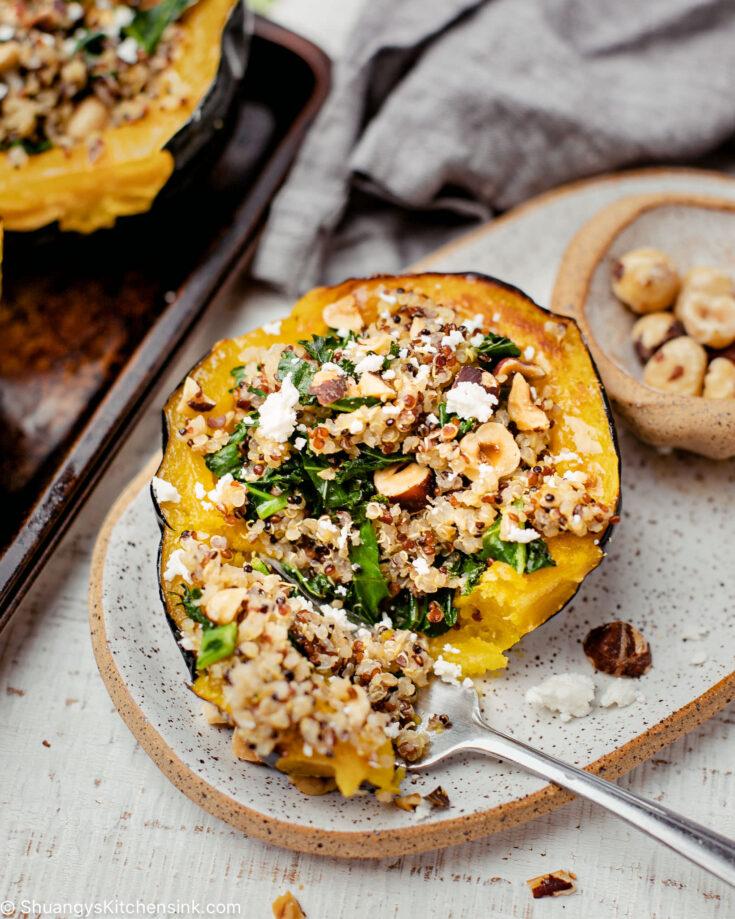 Quinoa Stuffed Acorn Squash (Vegan, Gluten Free)