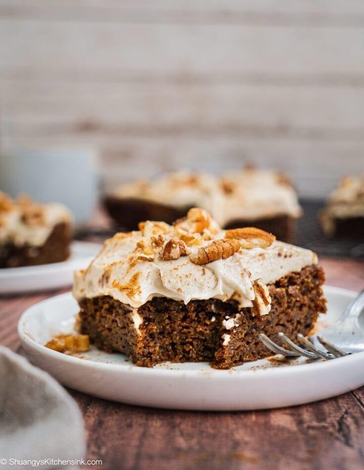 Gingerbread Cake with Cashew Cream Frosting (Paleo, Vegan)