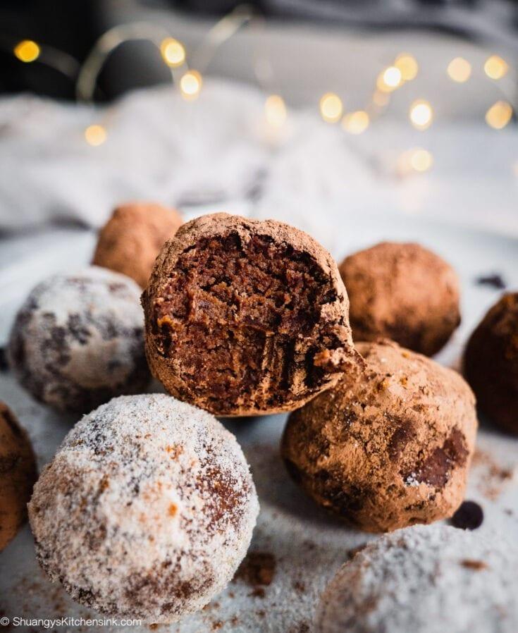 Gingerbread Truffles (Paleo, Vegan, Keto)