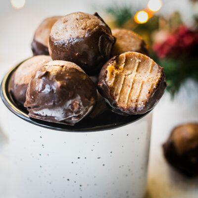 Healthy Peanut Butter Buckeye Balls