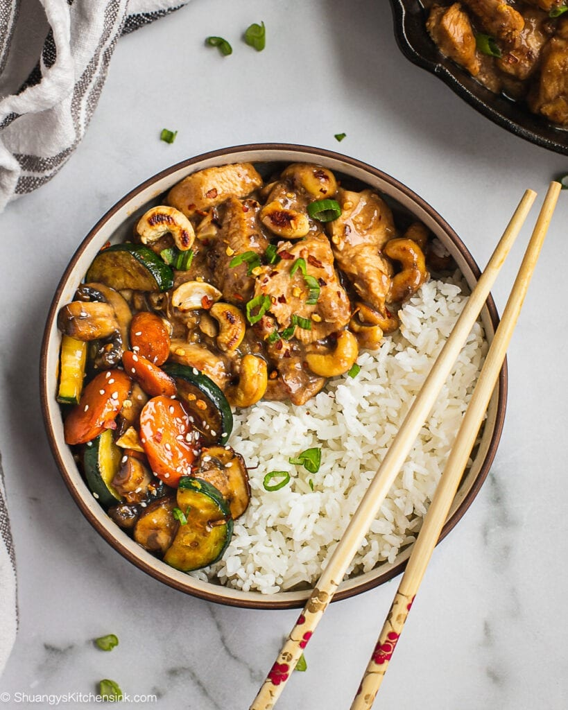 Instant Pot Cashew Chicken {Whole30}